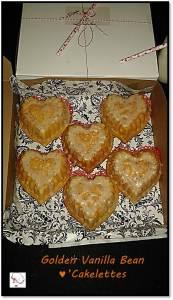 Golden Vanilla Bean Cakelette - in box