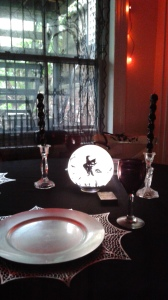 the-dark-side-table-setting